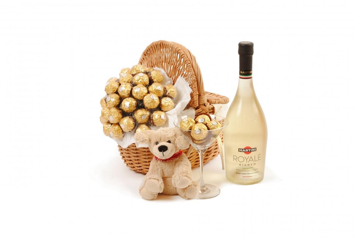 Sweet Royal Bouquet Gift Basket