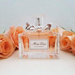 Miss dior perfume - roses